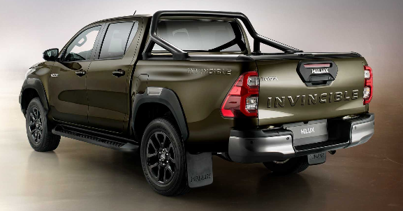Toyota Hilux invincible 2021 Look